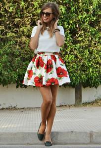 мини-юбка в цыеточный принт